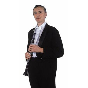 Klarinettist Petr Svoboda ist Musiklehrer. Er stammt aus dem südböhmischen Tábor und kennt den Kapellmeister Ladislav Kubes von allen Muskern am längsten. Sie reisten gemeinsam mit dem Zug nach Roudnice nad Labem, wo sie die militärische Musikschule besuchten. Petr ist ein hervorragender Musiker, dass er oft als Gast bei den Konzerten der weltberühmten Kapelle von Ernst Mosch spielte.